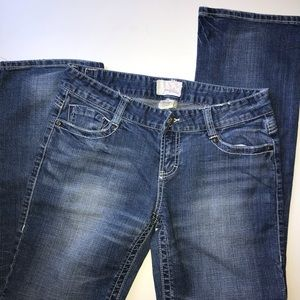 MAURICE'S Premium Boot Cut Jeans - Size 9/10